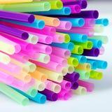 Πλαστικά άχυρα κατανάλωσης Στοκ φωτογραφία με δικαίωμα ελεύθερης χρήσης