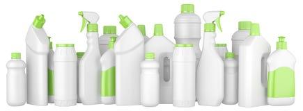 Πλαστικά καθαριστικά μπουκάλια με τα πράσινα καλύμματα σε μια σειρά Στοκ εικόνες με δικαίωμα ελεύθερης χρήσης