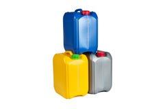 Πλαστικά μεταλλικά κουτιά για το πετρέλαιο μηχανών Στοκ Φωτογραφίες