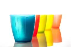 Πλαστικά πολύχρωμα γυαλιά Στοκ Εικόνα