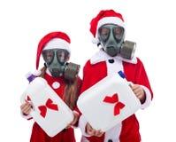 Πλαστικά δώρα για τα Χριστούγεννα - έννοια περιβάλλοντος Στοκ Εικόνες