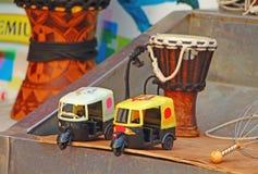 Πλαστική δίτροχος χειράμαξα παιχνιδιών Νότια Ινδία Στοκ Φωτογραφία