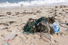 Πλαστική ρύπανση στη θάλασσα Στοκ φωτογραφία με δικαίωμα ελεύθερης χρήσης
