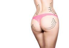 Πλαστικό ή αισθητική χειρουργική, cellulite διόρθωση, άνθρωποι και bodycare έννοια θηλυκός γάιδαρος στα εσώρουχα με τις γραμμές Στοκ φωτογραφίες με δικαίωμα ελεύθερης χρήσης