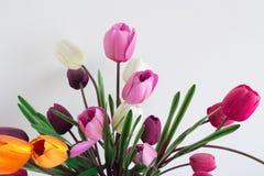 Πλαστικό λουλούδι boquet με τη βιασύνη της ενέργειας και δονούμενος στοκ φωτογραφία με δικαίωμα ελεύθερης χρήσης