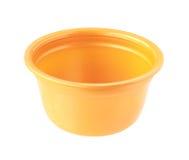 Πλαστικό φλυτζάνι κανένα πορτοκαλί χρώμα κάλυψης που απομονώνεται στο άσπρο υπόβαθρο Στοκ Εικόνες