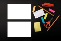 Πλαστό UPS στο μαύρο υπόβαθρο Στοκ Εικόνες