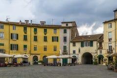 πλατεία της Ιταλίας lucca anfiteatro Στοκ Φωτογραφία