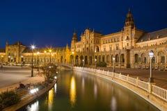 Πλατεία της Σεβίλης - Plaza de Espana που σχεδιάζεται από AniÂbal Gonzalez (η δεκαετία του '20) στο Art Deco και το νεω-Mudejar ύ Στοκ Φωτογραφίες