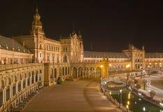Πλατεία της Σεβίλης - Plaza de Espana που σχεδιάζεται από AniÂbal Gonzalez (η δεκαετία του '20) στο Art Deco και το νεω-Mudejar ύ Στοκ φωτογραφία με δικαίωμα ελεύθερης χρήσης