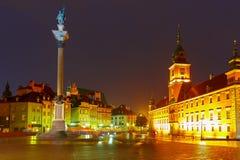 Πλατεία του Castle τη νύχτα στη Βαρσοβία, Πολωνία Στοκ Φωτογραφία