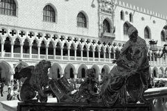πλατεία Pietro Ρώμη s Βατικανό στηλών πόλεων venezia marco Στοκ φωτογραφίες με δικαίωμα ελεύθερης χρήσης
