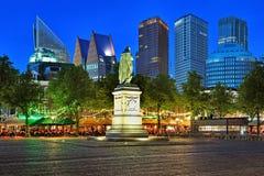 Πλατεία Plein Het στη Χάγη το βράδυ, Κάτω Χώρες Στοκ φωτογραφία με δικαίωμα ελεύθερης χρήσης