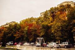 Πλατεία Unirii φθινοπώρου στο Βουκουρέστι Ρουμανία στο 24/10/2016 Στοκ εικόνα με δικαίωμα ελεύθερης χρήσης