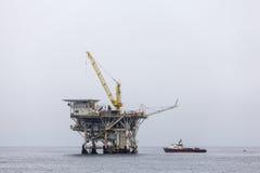 Πλατφόρμα άντλησης πετρελαίου Καλιφόρνιας Στοκ Εικόνα
