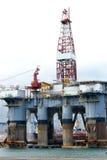Πλατφόρμα άντλησης πετρελαίου Στοκ εικόνες με δικαίωμα ελεύθερης χρήσης