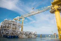Πλατφόρμα πετρελαίου και φυσικού αερίου στον κόλπο ή τη θάλασσα, η παγκόσμια ενέργεια, Ο Στοκ Εικόνες