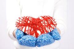 Πλεκτός βαλεντίνος καρδιών Στοκ Εικόνα