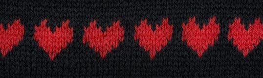 Πλεκτό έμβλημα καρδιών Στοκ εικόνες με δικαίωμα ελεύθερης χρήσης