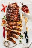 Πλευρά βόειου κρέατος με bbq τη σάλτσα Στοκ Εικόνες