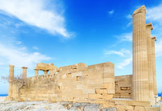 Πλευρά του δωρικού ναού Αθηνά Lindia στην ακρόπολη Lindos, Ρόδος, Ελλάδα Στοκ Φωτογραφίες