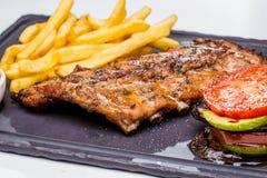Πλευρά χοιρινού κρέατος σχαρών Στοκ φωτογραφία με δικαίωμα ελεύθερης χρήσης