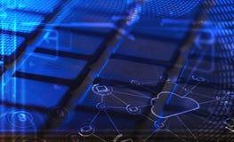 Πληκτρολόγιο με τα καμμένος εικονίδια τεχνολογίας σύννεφων Στοκ εικόνες με δικαίωμα ελεύθερης χρήσης