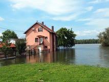 Πλημμυρισμένο σπίτι Στοκ εικόνα με δικαίωμα ελεύθερης χρήσης