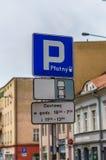 Πληρωμένο σημάδι χώρων στάθμευσης Στοκ Φωτογραφίες
