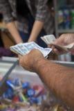 Πληρωμή για τα αγαθά Βιετνάμ Στοκ εικόνα με δικαίωμα ελεύθερης χρήσης