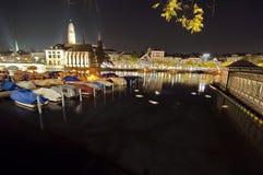 Πλούσιοι ZÃ ¼ στη σκοτεινή νύχτα Στοκ Εικόνες