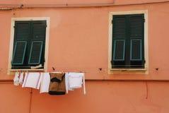 Πλύσιμο σε Vernazza Στοκ Εικόνες