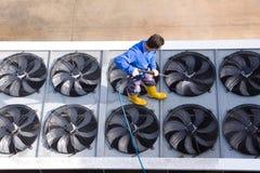 Πλύσιμο των βιομηχανικών εγκαταστάσεων Στοκ Εικόνες