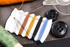 ράβοντας δακτυλήθρα βελόνων εξαρτήσεων βαμβακιού Στοκ Εικόνα