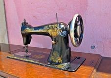 Ράβοντας μηχανή Στοκ φωτογραφίες με δικαίωμα ελεύθερης χρήσης