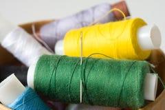 ράβοντας νήμα Στοκ Εικόνες