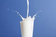 ράντισμα γάλακτος γυαλι Στοκ Εικόνες