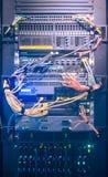 Ράφι κεντρικών υπολογιστών στο κέντρο δεδομένων Στοκ φωτογραφία με δικαίωμα ελεύθερης χρήσης