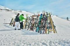 Ράφι του εξοπλισμού σκι Στοκ φωτογραφία με δικαίωμα ελεύθερης χρήσης