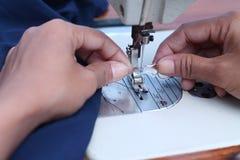 Ράψτε στη ράβοντας μηχανή, έκδοση 8 στοκ εικόνα