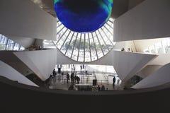 Ρίο ντε Τζανέιρο, Βραζιλία 5 Αυγούστου 2018 Εσωτερικό του μουσείου του αύριο στην πλατεία Maua Σχεδιασμένος από τον αρχιτέκτονα Σ στοκ φωτογραφίες