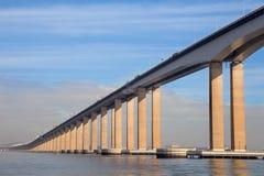 Ρίο στη γέφυρα Niterà ³ ι, Ρίο ντε Τζανέιρο, Βραζιλία Στοκ Εικόνες