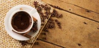 ραβδιά φλυτζανιών καφέ κανέ& Στοκ Φωτογραφίες