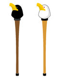 Ραβδί περπατήματος με το κεφάλι γερακιών Διακοσμημένος προσωπικό προϊστάμενος του άσπρου αετού Στοκ Φωτογραφία