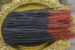 Ραβδιά θυμιάματος, Βούδας Στοκ εικόνα με δικαίωμα ελεύθερης χρήσης