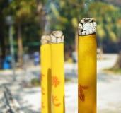 Ραβδιά θυμιάματος στο βουδιστικό ναό στη Hong KongKo Στοκ Φωτογραφίες