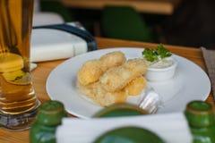 Ραβδιά τυριών με Στοκ Εικόνες