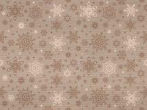 Ραβδωτό κατασκευασμένο άνευ ραφής σχέδιο του Κραφτ με snowflakes Χριστουγέννων Στοκ Φωτογραφία