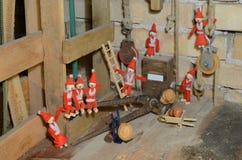 Ραγίστε το ξύλο καρυδιάς στοκ φωτογραφίες με δικαίωμα ελεύθερης χρήσης