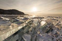 Ραγισμένος διαφανής πάγος στοκ εικόνα